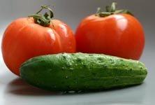 заготовка из огурцов и помидоров